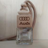 Флакон c логотипом AUDI (пустой)