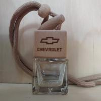 Флакон с деревянной крышкой с логотипом автомобиля Chevrolet