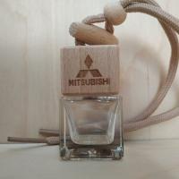 Флакон с логотипом Mitsubishi (пустой)