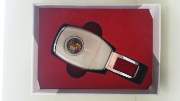 """Переходник ремня безопасности с логотипом """"Porsche"""""""