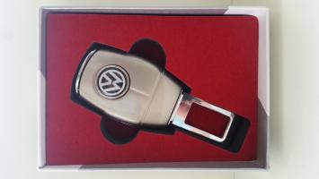 """Переходник ремня безопасности с логотипом """"Volkswagen"""""""