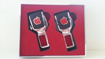 "Заглушка ремня безопасности с логотипом ""Apple"""