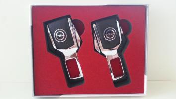 "Заглушка ремня безопасности с логотипом ""Opel"""