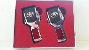 "Заглушка ремня безопасности с логотипом ""Toyota"""