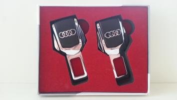 "Заглушка ремня безопасности с логотипом ""Audi"""