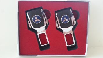 "Заглушка ремня безопасности с логотипом ""Mitsubishi"""